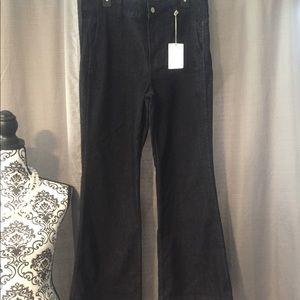 👖 J. Crew flare-bottom jeans